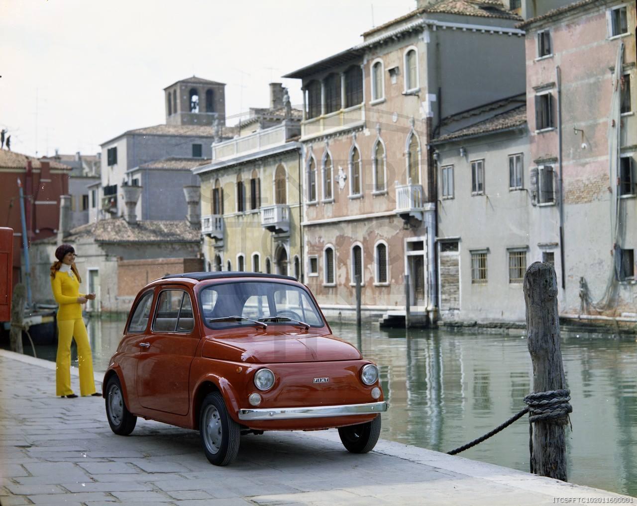 Fiat 500,sempre bonito em qualquer ocasião! 1975. Fiat 500 R. Veneto.